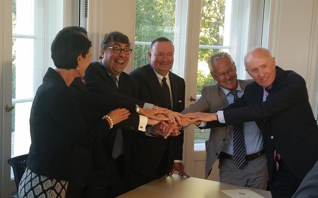 Signature des accords entre le Barreau de Paris, la Rechtsanwaltskammer des Saarlandes, le Ministère de la Justice de Land et l'Université de la Sarre